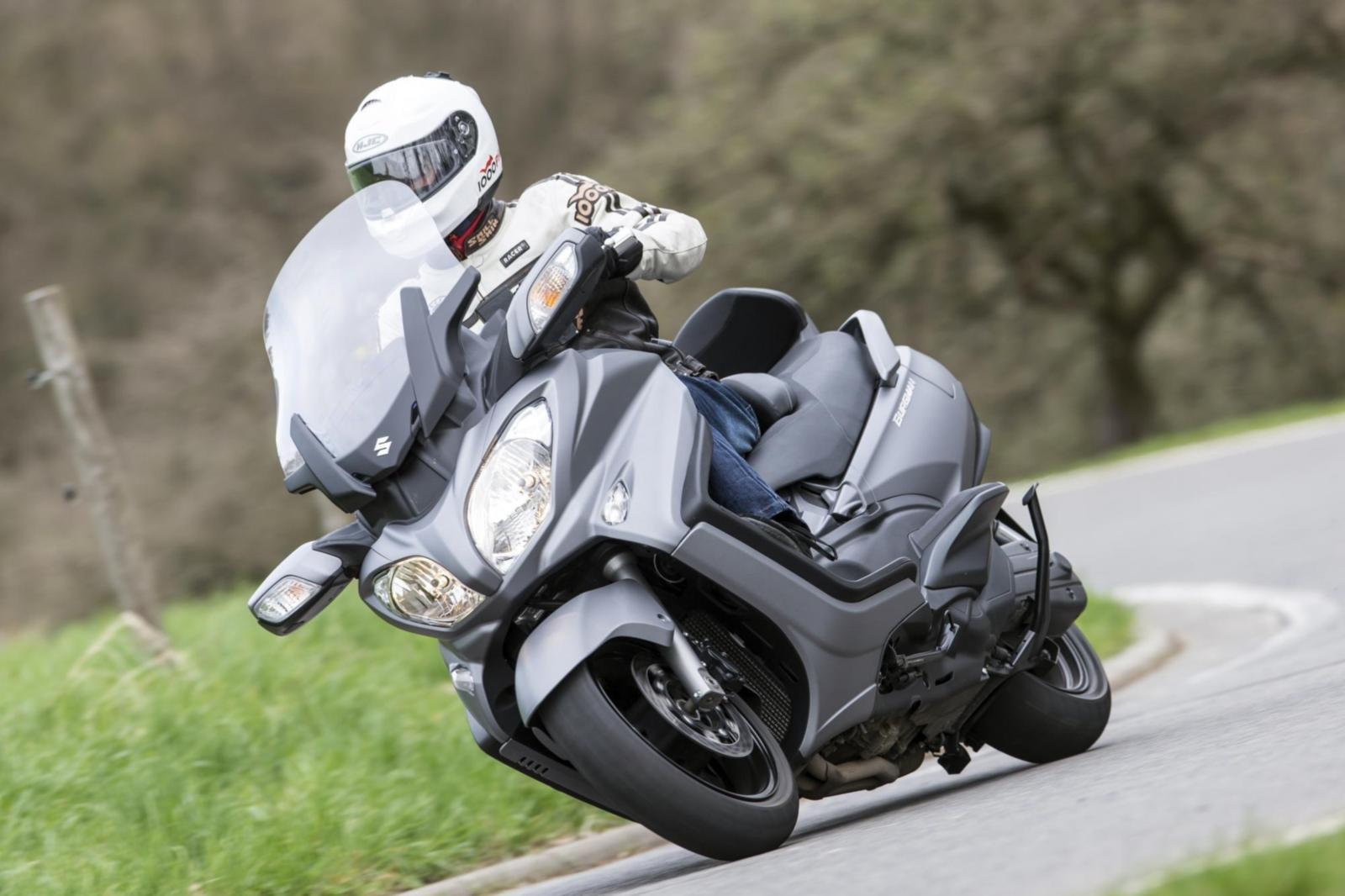 Motorrad Fahrer auf Motorrad